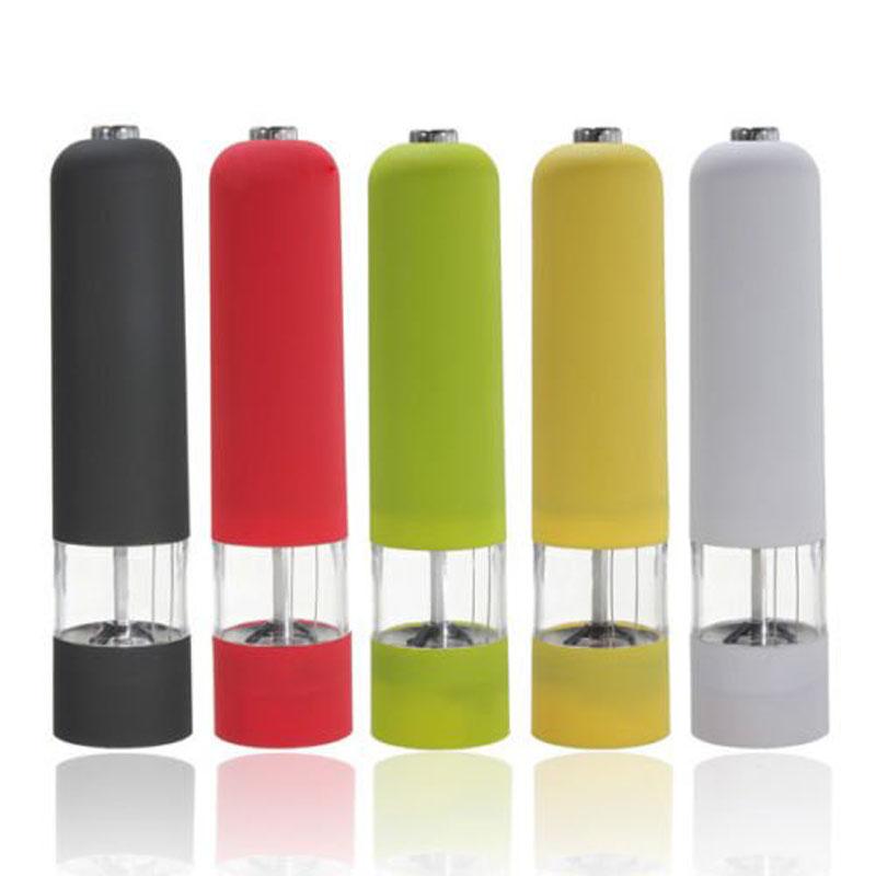 renkli elektronik tuz ve karabiber değirmeni seti