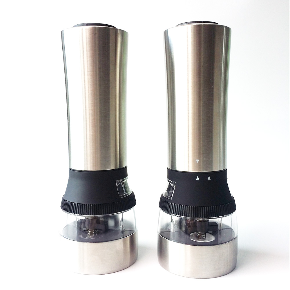 2 in 1 battery salt and pepper shaker set
